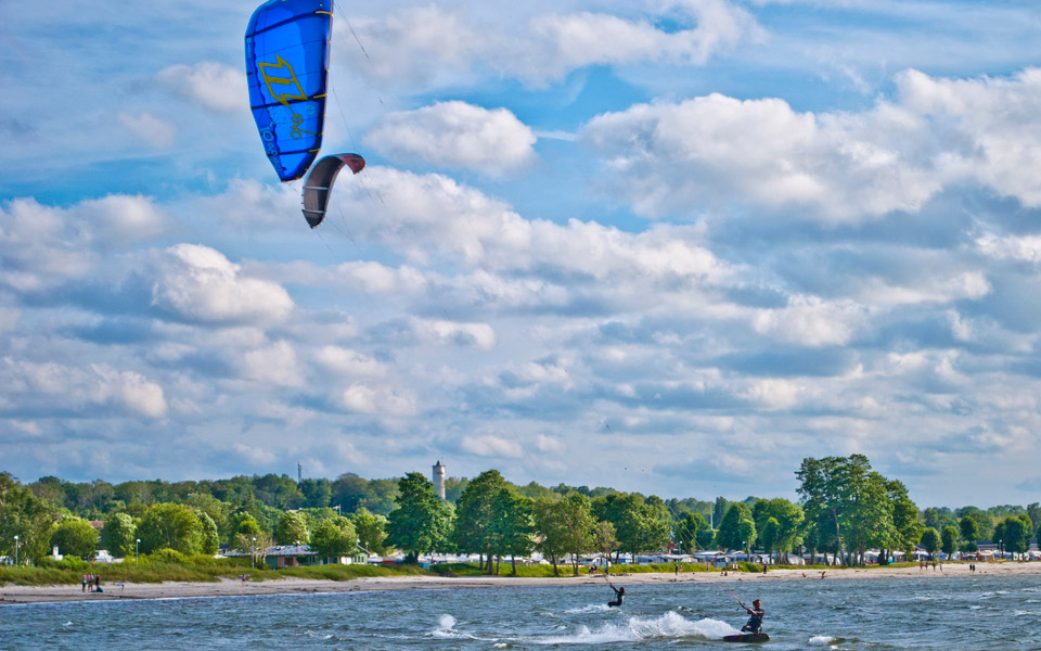 kitesurfing_5_960x600